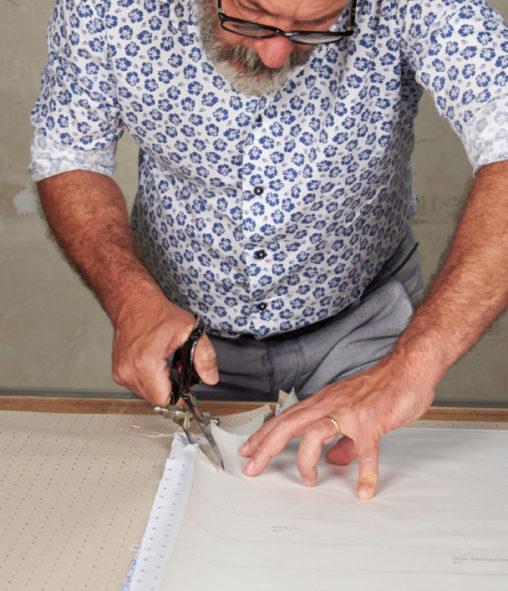 taglio sartoriale della camicia Càrrel
